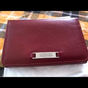 Kenneth Cole Reaction Wallet !!!